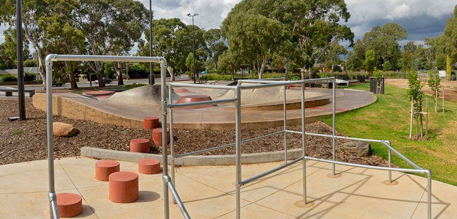 Oaklands Recreation Plaza - Image 4